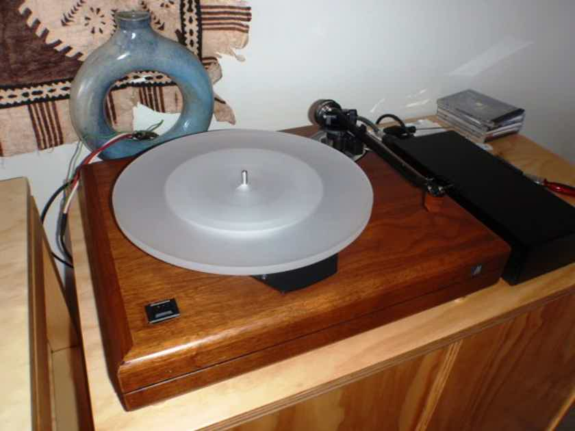 'THE TURNTABLE'