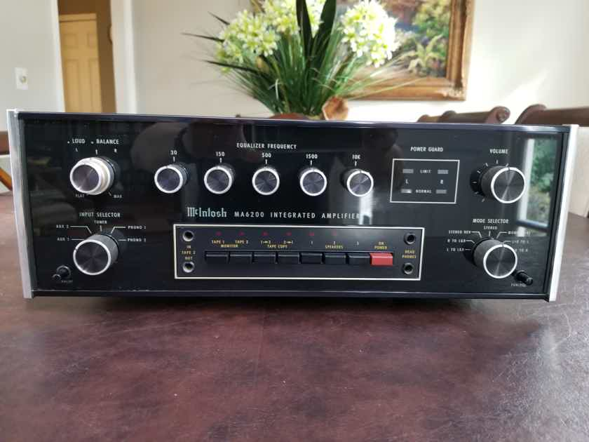 McIntosh MA-6200 Integrated Amplifier