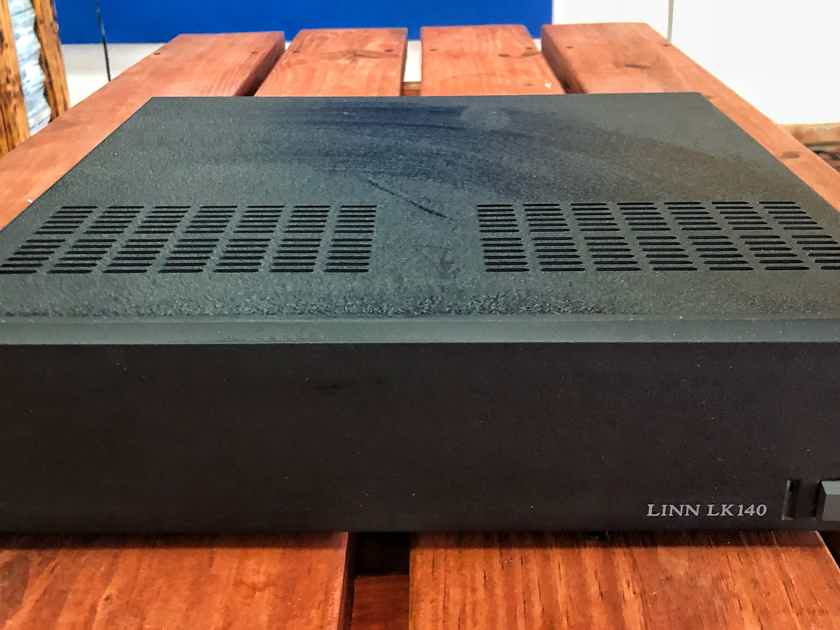 Linn  LK140 Power Amplifier w/ Pair of Linn Connectors
