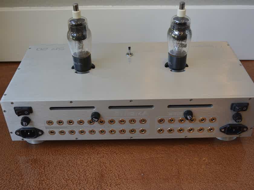 Synergistic Research EnigmA Tubed power supply for active shielding - RARE - (see pics)!