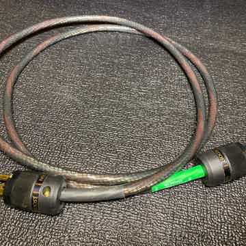 Tyr 2 power cord