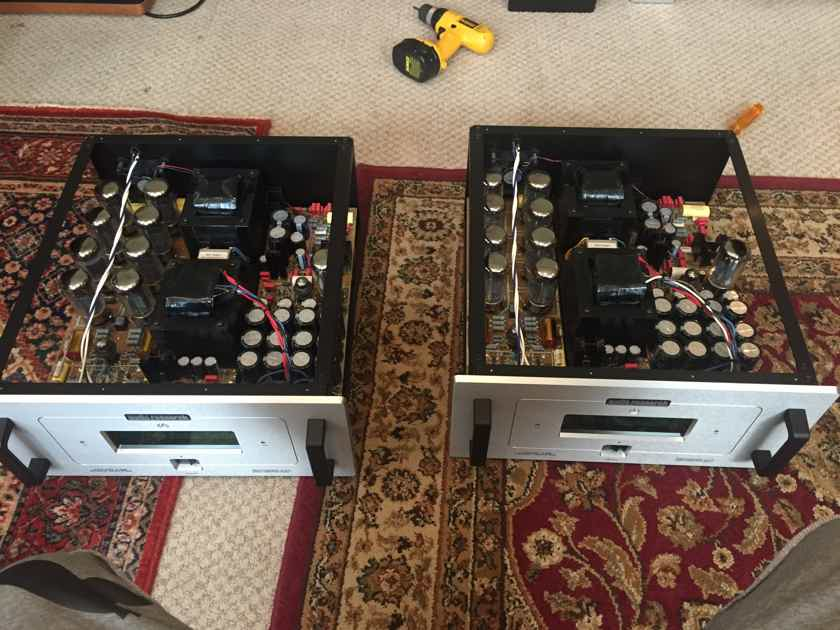 Audio Research Reference 210 Silver face 200 x 2 Tube Power