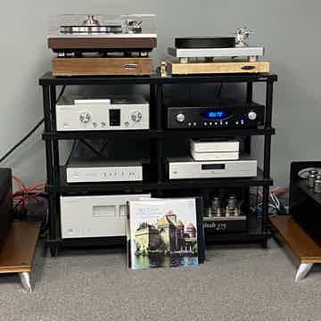 Rogue Audio DARK Monoblocks