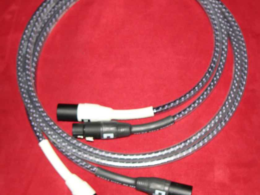 Analysis Plus Inc. Solo Crystal Oval-In 1/12 merter pr XLR's !
