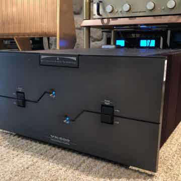 BAT (Balanced Audio Technology) VK-500 Fully Balanced A...