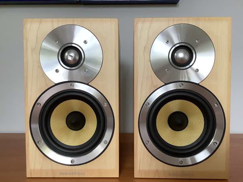 B&W CM1 bookshelf speakers with fantastic imaging
