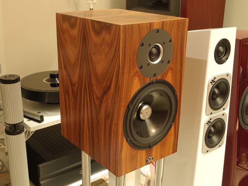 KUDOS Super 10 Monitors in Premium Santos Rosewood
