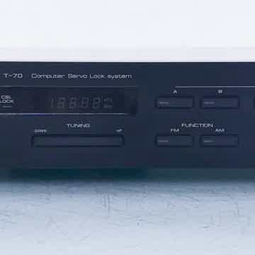 T-70 Digital AM / FM Tuner