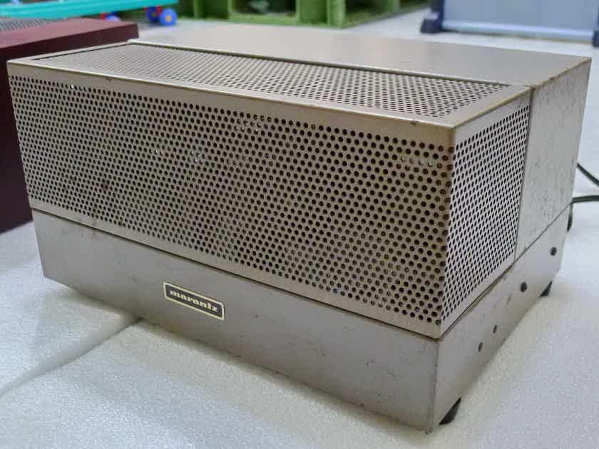 Marantz 8B vintage stereo tube power amp. Voltage : 110 volts .
