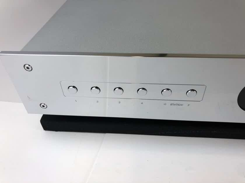 Burmester Rondo Tuner with Manual, Mint!