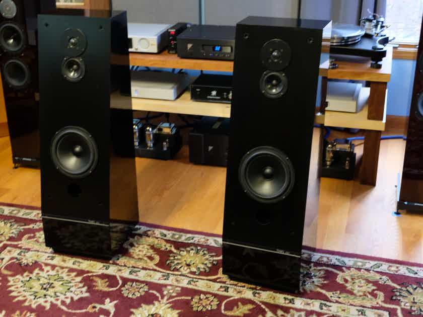 Thiel Audio CS-2 Black LOWER PRICE!!!!! LOWER!! NEW LOWER!