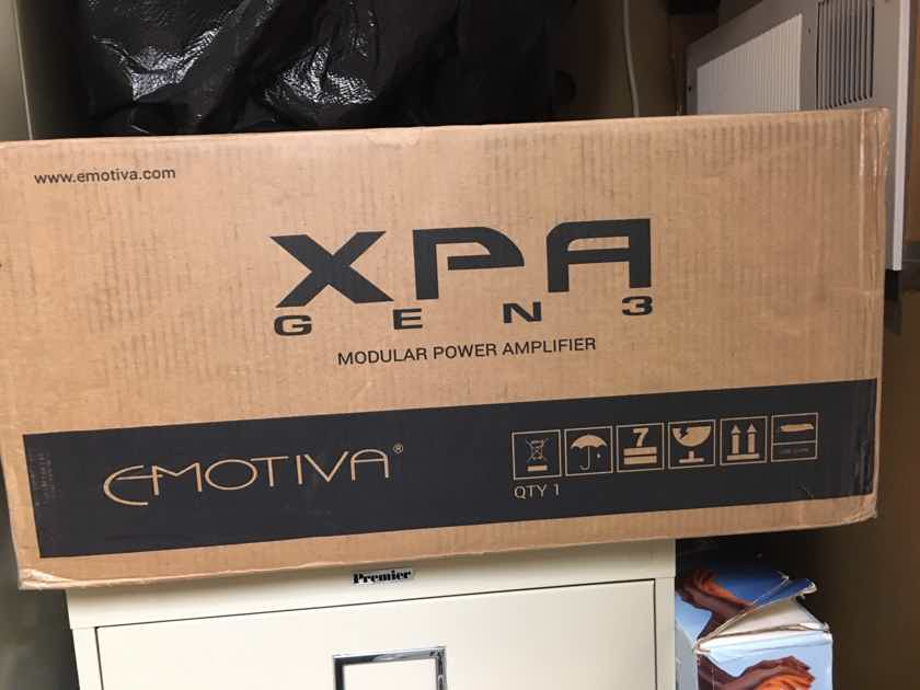EMOTIVA XPA-7 Gen3 & EMOTIVA XMC-2