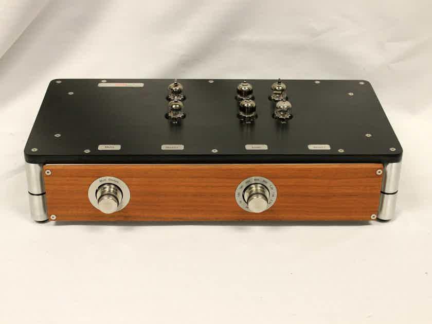 Doshi Audio Alaap V2.1 Phono Stage w/ PSU & Custom Wood Panels