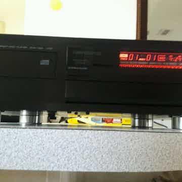 CDX-1120