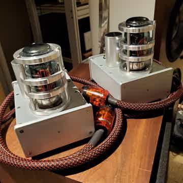 AGD Production Audion Monos