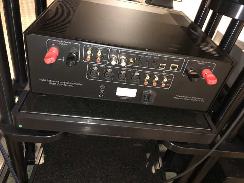 Hegel H590 Integrated Amp preowned for 3 months