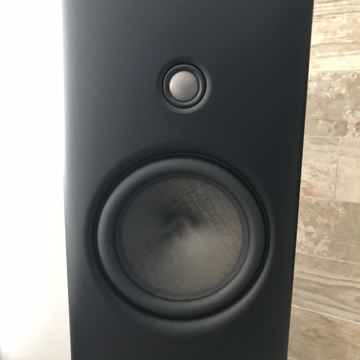 Magico Q1, Pre-Owned, Flawless Condition, Low Hours, Ma...