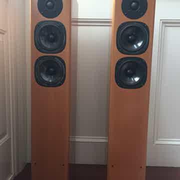 Vienna Acoustics Mozart