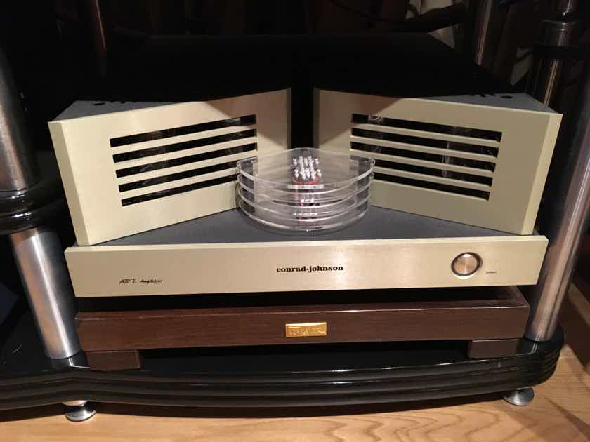 Conrad Johnson Art Amplifier Mono