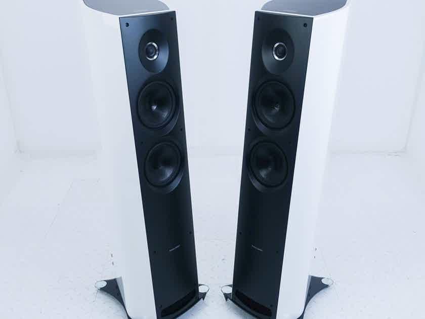 Sonus Faber Venere 2.5 Floorstanding Speakers; White Pair (17347)