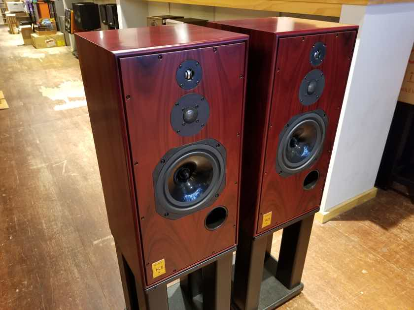 Harbeth Super HL5 Plus In Rosewood Speakers w/ Boxes & Certificate Fantastic Sound Store Demos