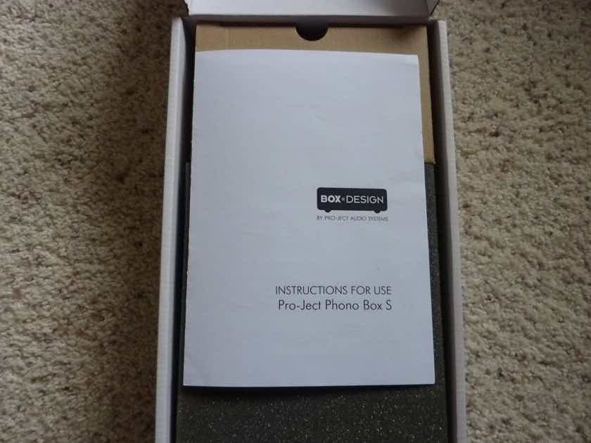 Pro-Ject  Phono Box S as New
