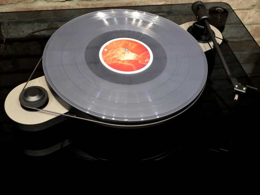 Pro-Ject Elemental - Turntable w/ Internal Phono Pre, DAC, USB Output