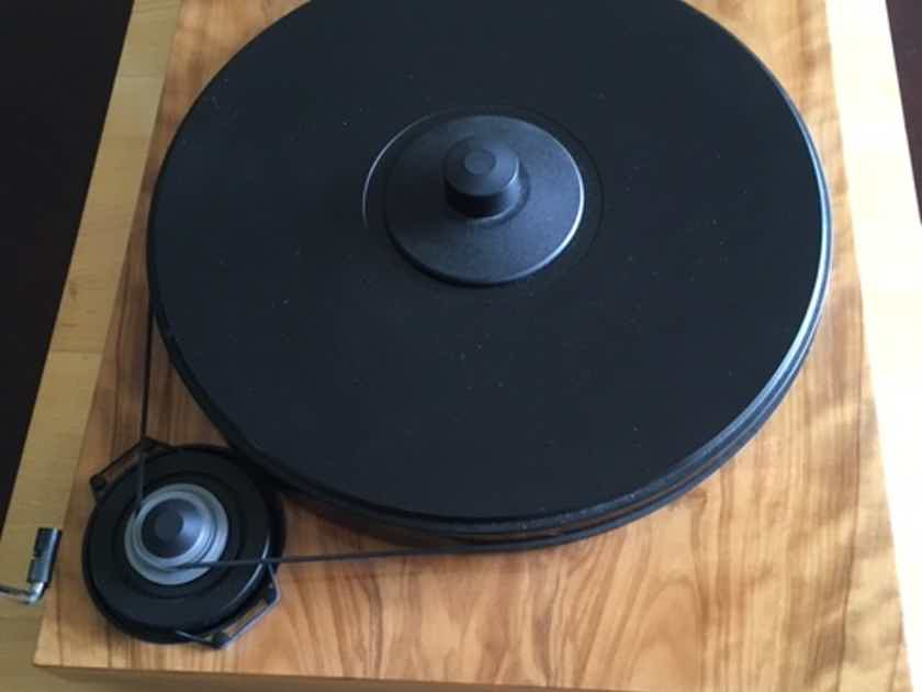 Pro-Ject 2Xperience SB Turntable