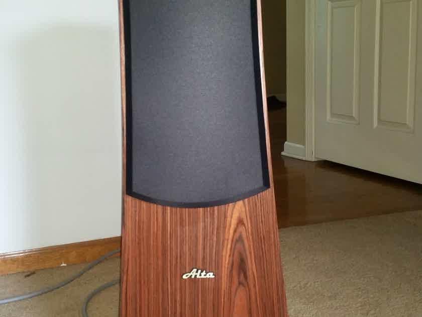 Alta Audio Rhea