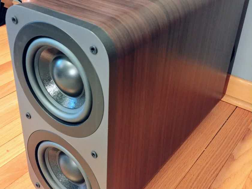 Q Acoustics Full Range Speaker package w FREE Power cable upgrage