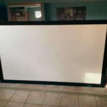 Stewart Filmscreen screen