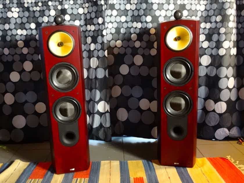 B&W (Bowers & Wilkins) Nautilus 803 Great speakers in excelent condition PRICE REDUCED.
