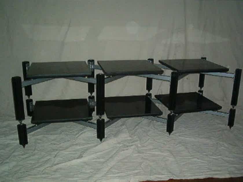 Adona Corporation AV45 CS6 TW 6 shelf low profile isolation