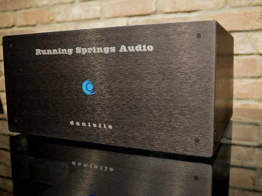 Running Springs Audio Danielle - Precision Power Conditioner - 2400 Watts Flowthrough