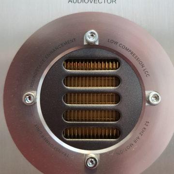 Audiovector  RS1 AVANTGARDE