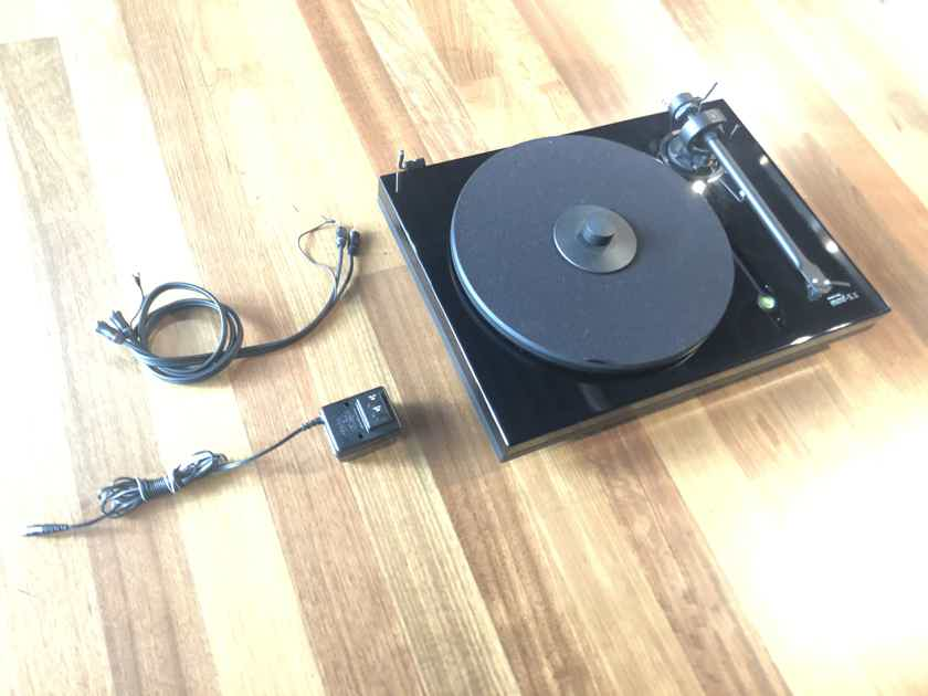 Music Hall 5.1 with cartridge