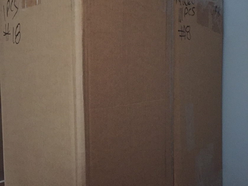 Ohm Acoustics Micro Walsh Short Signature Edition Speakers  Oak Finish Used VGC