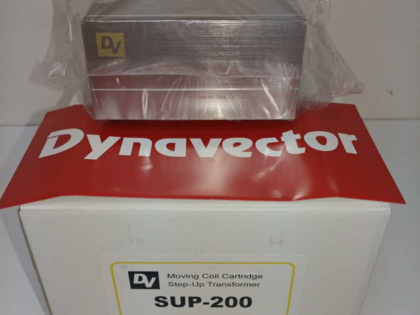 Dynavector SUP-200 Step Up Transformer Brand New!!