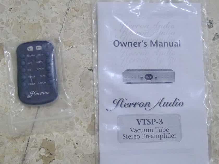 Herron Audio VTSP-3 tube linestage preamp. Voltage : 220-240 volts. Free shipping worldwide !