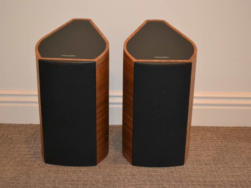 Sonus Faber Venere 2.0 Pair - Wood Finish