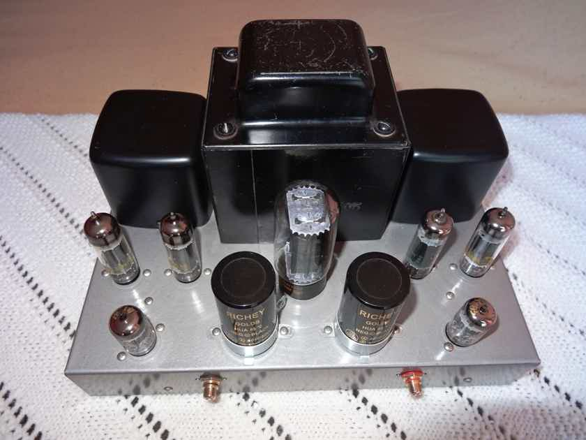 Classic Hand Crafted Tube Amplifier