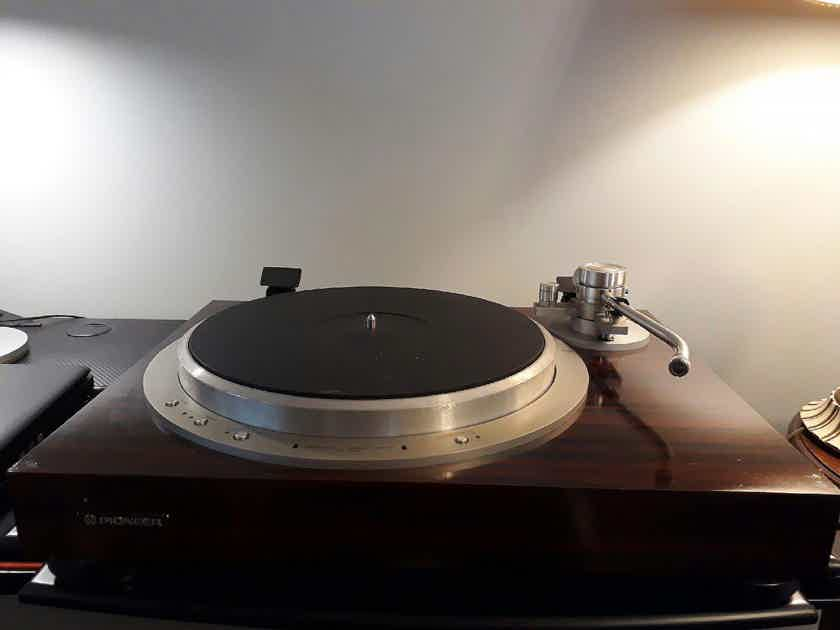 PIONEER PL-30L TURNTABLE FROM JAPAN 100V