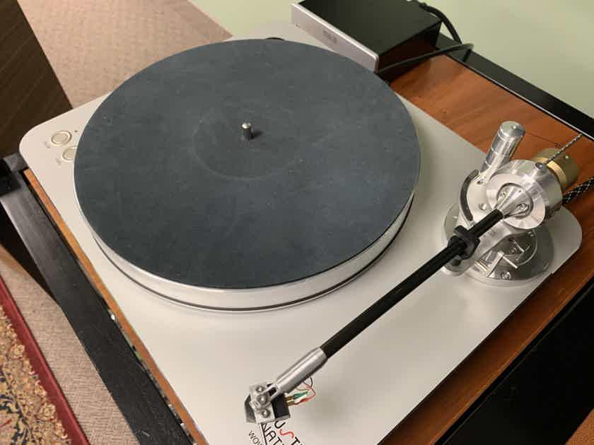 Acoustic Signature WOW-XL Turntable w/TA-1000 Tonearm