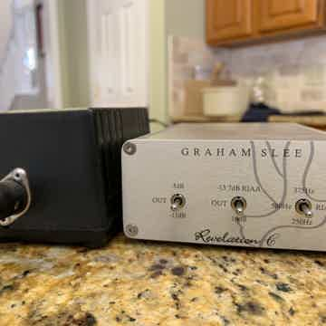 Graham-Slee  Revelation C Moving Coil solid State Phono...