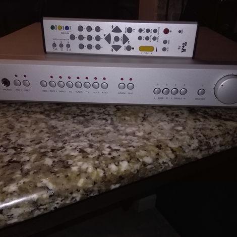 T + A Elektroakustik Preamp 1230