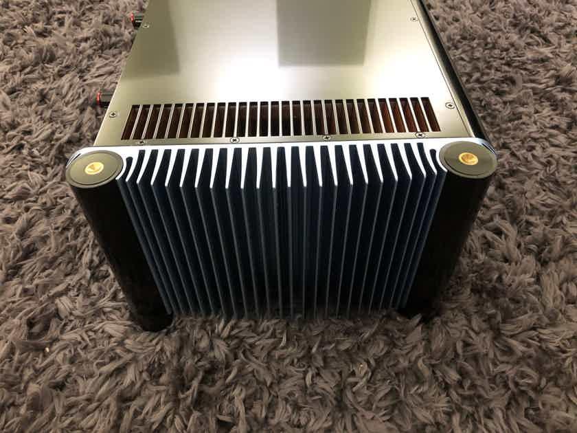 MSB Technology S200 amplifier