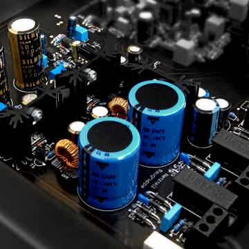 Van Den Hul - The Grail Phono Preamplifier