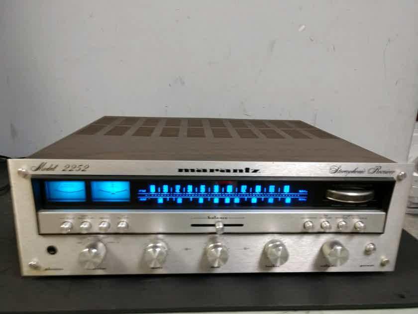 Marantz 2252 Stereo Receiver