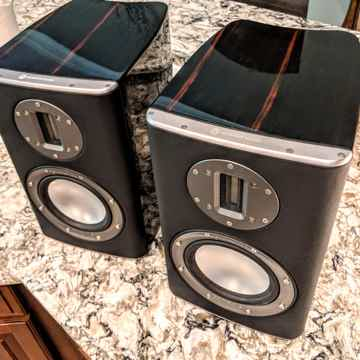 Platinum PL100 Bookshelf Speakers