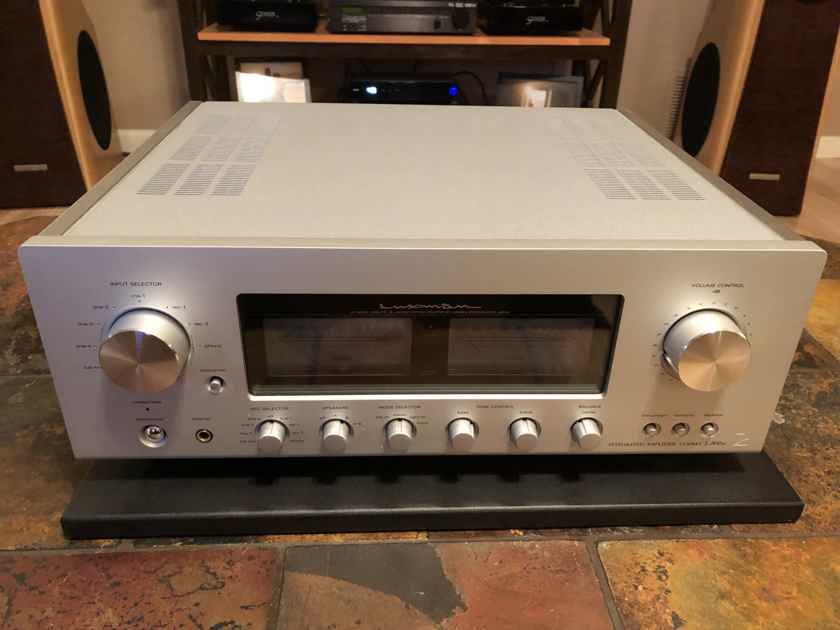 Luxman L-505u ( Awesome Integrated Amp w/ Phono)
